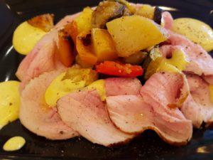 Arrosto di magatello con verdure al forno e maionese alle verdure di cottura
